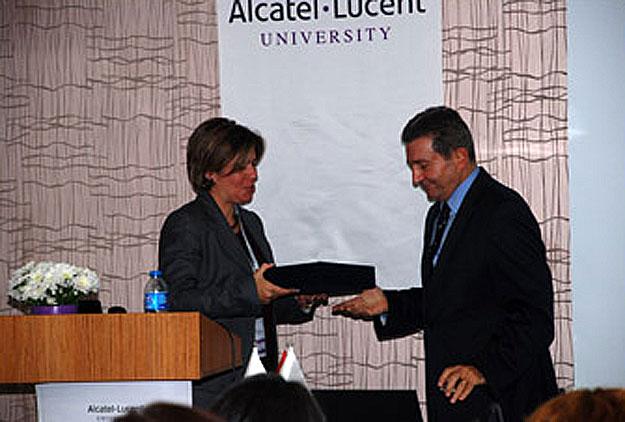 alcatel-acar-baltas-2010
